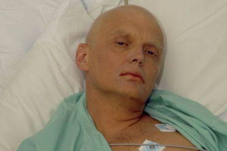Ataque a Skripal lembra o envenamento de outro agente-duplo, Alexander Litvinenko, que morreu em 2006. Investigações apontaram possível envolvimento de Vladimir Putin, que teria ordenado o assassinato