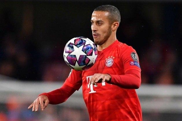 """ESQUENTOU - A renovação de Thiago Alcântara com o Bayern de Munique pode não acontecer, de acordo com o """"SportBild"""". O Liverpool já está interessado na contratação do meia brasileiro."""