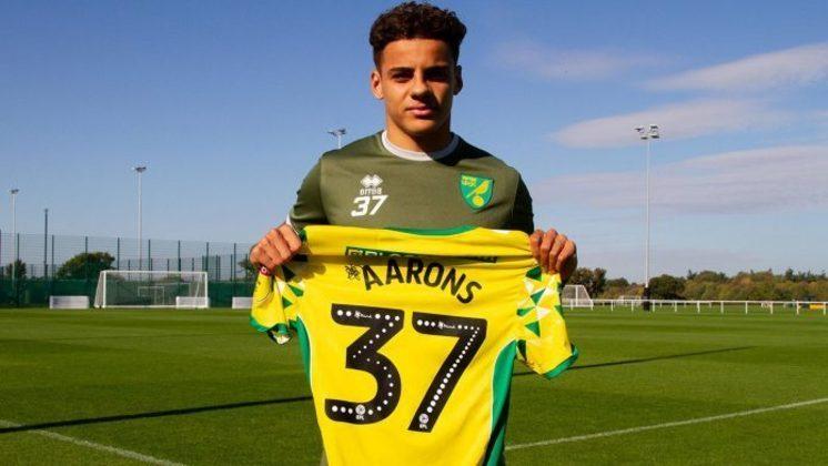 ESQUENTOU - Ainda de acordo com o jornalista, o Everton estaria muito perto de assinar com o lateral-direito do Norwich City, Max Aarons, que deixará o clube nesta temporada