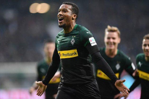 ESQUENTOU - Alassane Plea, do Borussia Mönchengladbach, é alvo de clubes da Premier League. De acordo com o