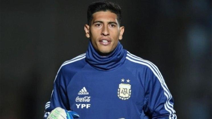 ESQUENTOU – Aliás, de acordo com o 'TyC Sports', o goleiro entrou na mira da Roma, que estuda apresentar uma oferta ao clube Xeneize,