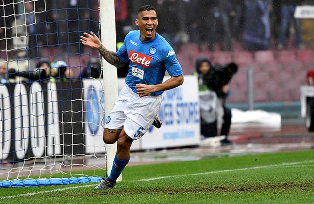 ESQUENTOU - Allan não deve permanecer no Napoli na próxima temporada. O
