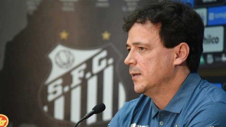 ESQUENTOU - Apesar dos recentes resultados ruins no Santos, o técnico Fernando Diniz assegurou que não se sente pressionado no cargo, e que vê o trabalho no dia a dia como