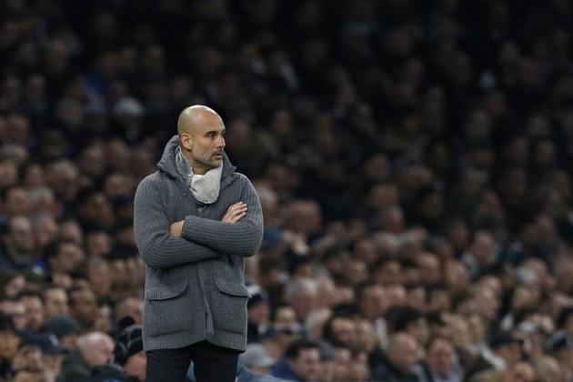 ESQUENTOU - Após a eliminação para o Lyon na Liga dos Campeões, começaram a surgir boatos de que Pep Guardiola poderia deixar o Manchester City. Com apenas mais um ano de contrato pela frente, o
