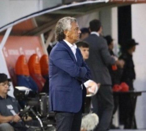 ESQUENTOU - Após a saída de Daniel Gamero, o Olimpia trabalha de maneira acelerada nos bastidores para encontrar um novo técnico. O favorito é Néstor Gorosito, que deixou o Tigre no começo da semana.