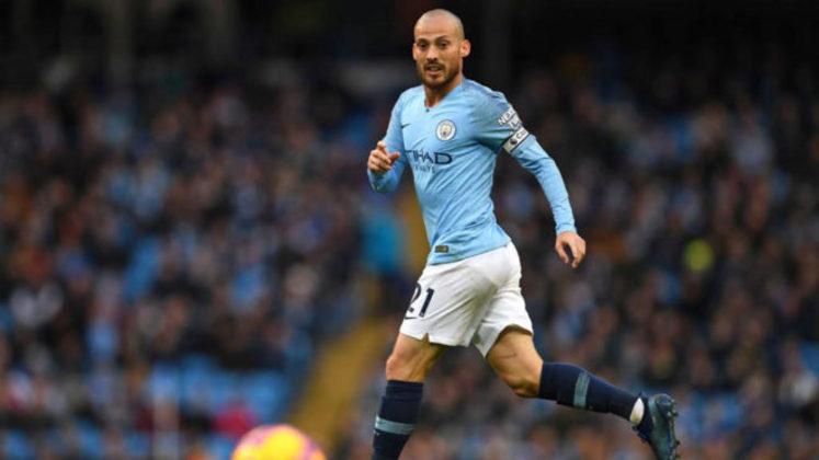 ESQUENTOU - Após dez anos no Manchester City, o meia David Silva deixará o clube ao final da temporada, quando seu contrato chega ao final. Segundo a