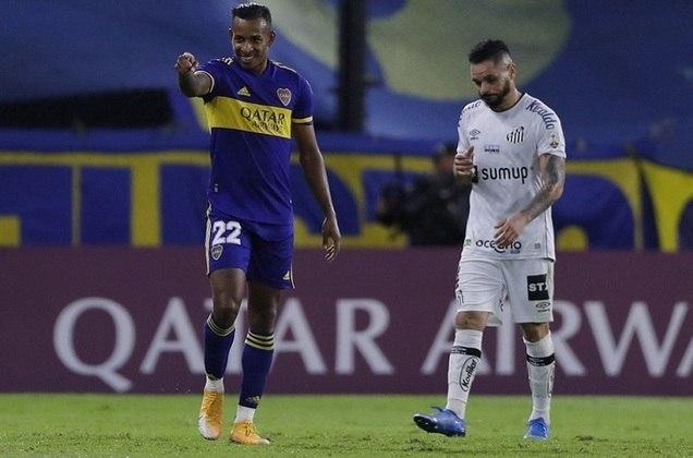 ESQUENTOU - Após expressar o desejo de deixar o Boca Juniors, o atacante Sebastián Villa pode estar a caminho de La Liga. De acordo com a Blu Rádio, um clube espanhol que não teve o nome divulgado teria avançado nas tratativas com o Boca para levar o atleta de 25 anos