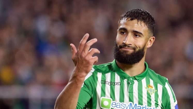 ESQUENTOU - As conversas entre o Real Betis e Nabil Fekir sobre a renovação do contrato do meia segue em andamento e deve ser concluída em breve. Segundo Ekrem Konur, o novo vínculo seria até junho de 2026.