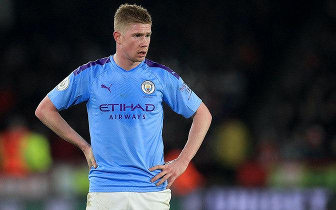 ESQUENTOU - As negociações para a renovação do contrato de De Bruyne com o Manchester City estão prestes a serem completadas, após retomarem o caminho certo, segundo Fabrizio Romano.