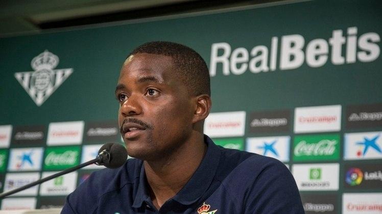 ESQUENTOU - Atravessando uma fase ruim no Betis, William Carvalho deve deixar o clube na próxima janela de transferências. De acordo com o