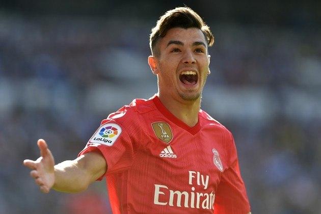ESQUENTOU - Com poucas oportunidades no elenco do Real Madrid, o atacante Brahim Díaz pode deixar o clube merengue por empréstimo na próxima temporada. Segundo informações do jornal