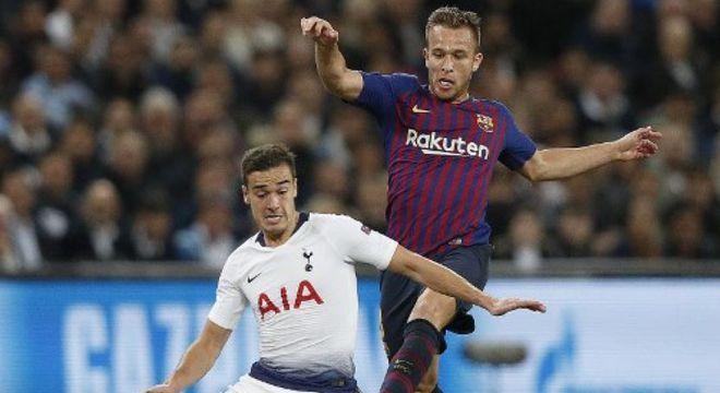 ESQUENTOU - Com pouco espaço no Tottenham, Harry Winks pode estar a caminho do Valência por empréstimo, de acordo com o diário AS.