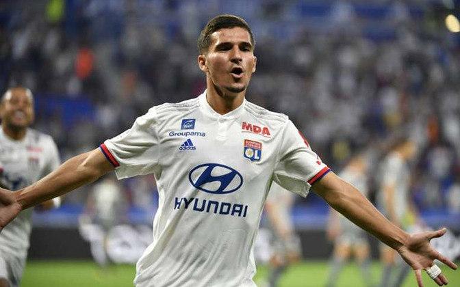 ESQUENTOU - Conforme o Diario AS, Zidane já pediu diversas vezes para que Florentino Pérez contrate o meia do Lyon, Hassem Aouar.
