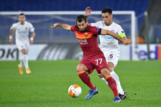 ESQUENTOU - Conforme o jornalista Fabrizio Romano, a Roma deve renovar o contrato de Mkhitaryan até a metade de 2023.