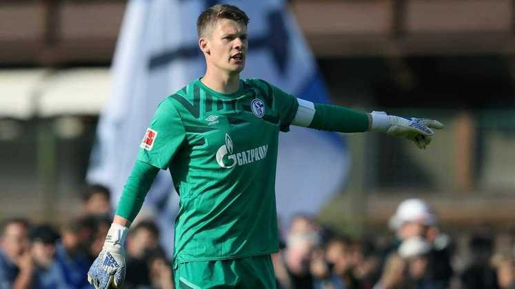 ESQUENTOU - Contratado pelo Bayern Munique em 2020, Alexander Nübel não consegue ter sequência devido às grandes atuações de Manuel Neuer. A falta de minutos em campo irritou o empresário do jogador, Stefan Backs, que veio a público mostrar seu descontentamento.
