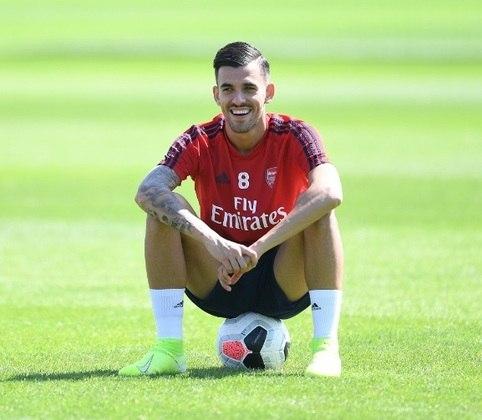 ESQUENTOU - Dani Ceballos vive uma boa fase com a camisa do Arsenal. O jogador espanhol está emprestado pelo Real Madrid e Mikel Arteta, treinador dos Gunners, quer mantê-lo por mais tempo na Inglaterra.