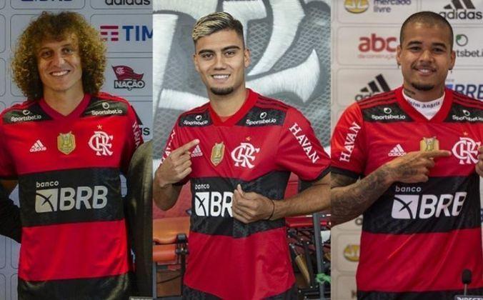 ESQUENTOU - David Luiz, Andreas Pereira e Kennedy, recém chegados no Flamengo, foram inscritos na Libertadores e estão à disposição de Renato Gaúcho para o jogo de ida da semifinal, na quarta-feira, contra o Barcelona-EQU, no Maracanã. O zagueiro Otávio, o volante Peralta e o atacante Rodrigo Muniz, já negociado pelo clube, foram retirados da lista.