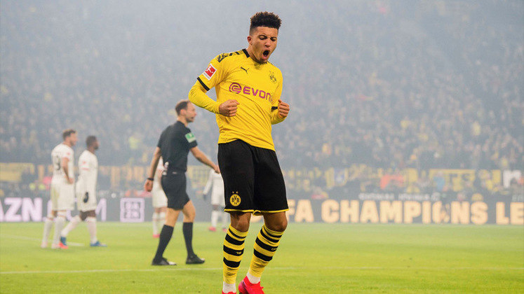 ESQUENTOU - De acordo com a GOAL, o Borussia Dortmund recusou a primeira oferta do Manchester United por Jadon Sancho de 67 milhões de libras. Entre jogador e os Reds Devils, já está tudo acertado.