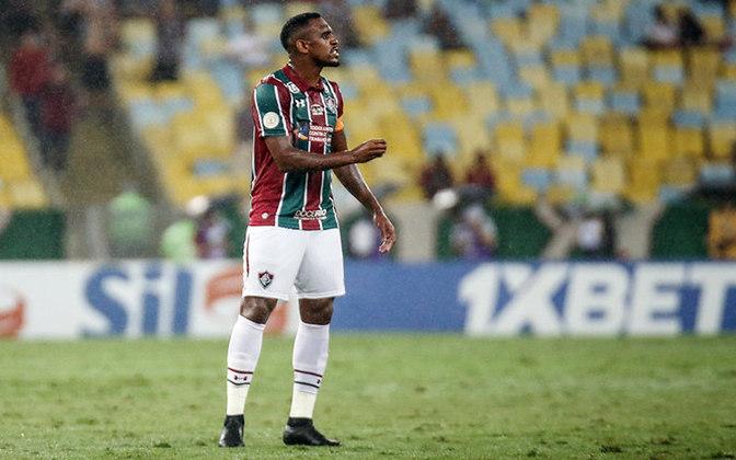ESQUENTOU - De acordo com informação divulgada pela Rádio Globo, Digão, zagueiro do Fluminense, recebeu uma proposta vista como