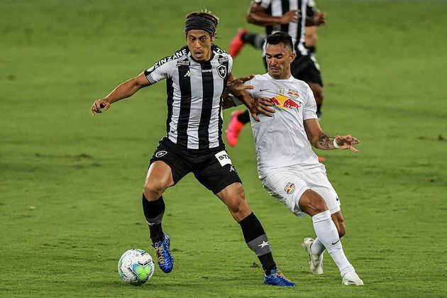 ESQUENTOU - De acordo com o jornal A Bola, o Portimonense apresentou uma proposta para contratar o meia do Botafogo, Honda.