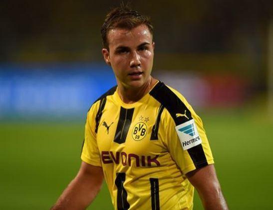 ESQUENTOU - De saída do Borussia Dortmund ao final da temporada, quando acaba seu contrato, o destino do meia Mario Götze pode ser a capital espanhola. De acordo com o jornal