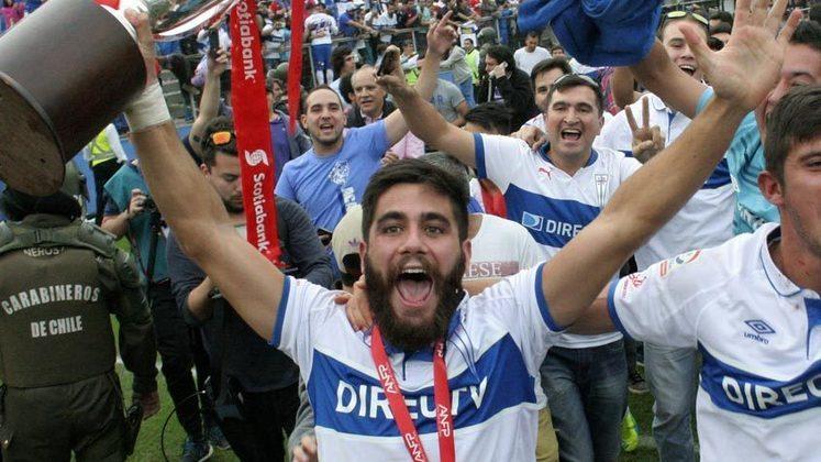 ESQUENTOU - Depois da saída do meio-campista César Pinares rumo ao Grêmio, a equipe da Universidad Católica vê outro nome do plantel deixar o clube: o lateral-direito Stéfano Magnasco, de 28 anos de idade. O seu destino será o La Serena do Chile, em informação confirmada oficialmente por