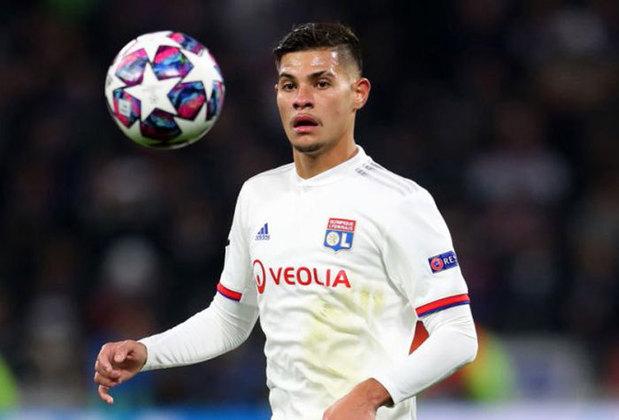 ESQUENTOU - Destaque do Lyon, e convocado para a Seleção Brasileira Olímpica, o meio-campista Bruno Guimarães pode estar de saída do clube francês. De acordo com informações da