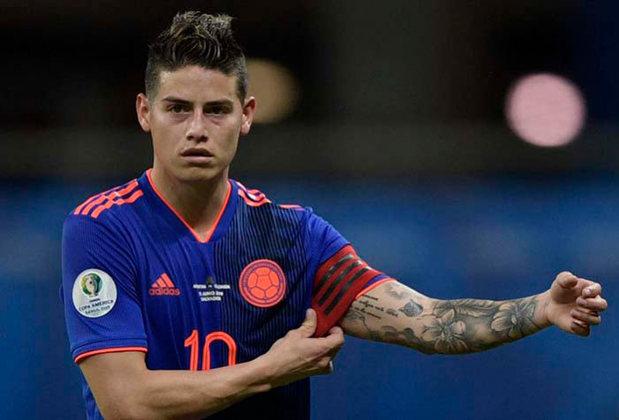 """ESQUENTOU - Em transmissão pela plataforma de streaming Twitch, ao ser questionado pelos torcedores se aceitaria voltar ao Porto, o meia James Rodríguez não titubeou na resposta: """"Espero um dia voltar ao Porto, é um grande sonho"""", afirmou. Vale ressaltar que o colombiano está sob contrato com o Everton, da Inglaterra, até junho de 2022."""