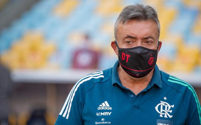 ESQUENTOU - ESQUENTOU - Demitido do Flamengo desde o dia 9 de novembro, Domènec Torrent ainda possui vínculo com o clube. Isso porque o treinador e o Rubro-Negro não chegaram a um acordo pela rescisão contratual. A informação inicial é do jornal