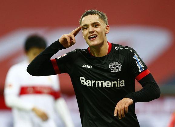 ESQUENTOU - Florian Wirtz, meio-campista do Bayer Leverkusen, atrai o interesse do Real Madrid, Bayern de Munique, Manchester United, Manchester City e Chelsea, segundo o