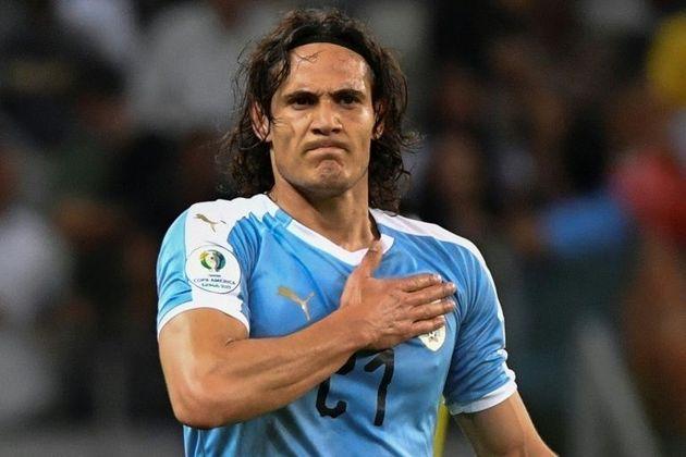 ESQUENTOU -Há um ano, Cavani disse que gostaria de repetir a comemoração protagonizada por Sergio Martínez na Bombonera. O ex-jogador participou do programa
