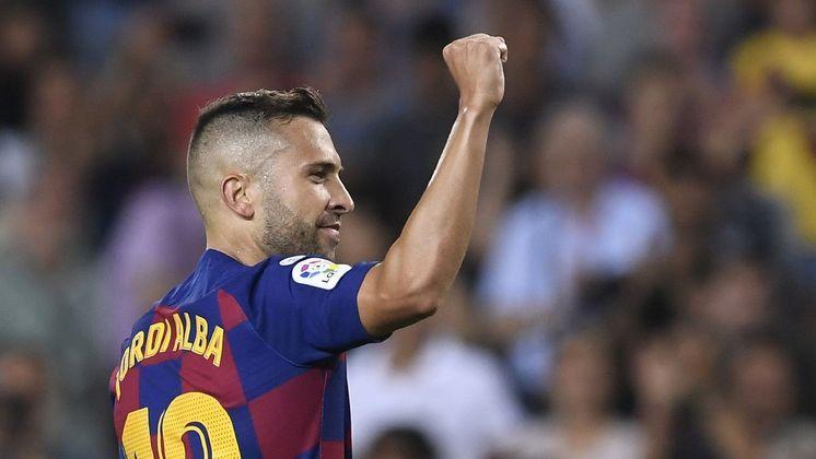 ESQUENTOU – Jordi Alba também está no alvo da Juventus. Interesse pode virar algo mais concreto nos próximos dias.