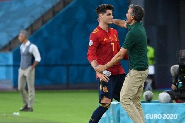 ESQUENTOU - Luis Enrique balança no cargo da seleção espanhola após dois empates em sequência na Eurocopa, segundo o