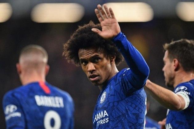 ESQUENTOU - O atacante brasileiro Willian pode continuar no Chelsea na próxima temporada. Com o contrato somente até o fim da temporada, o camisa 10 dos Blues teria se acertado com o clube de Londres para a extensão do vínculo, de acordo com informações do canal