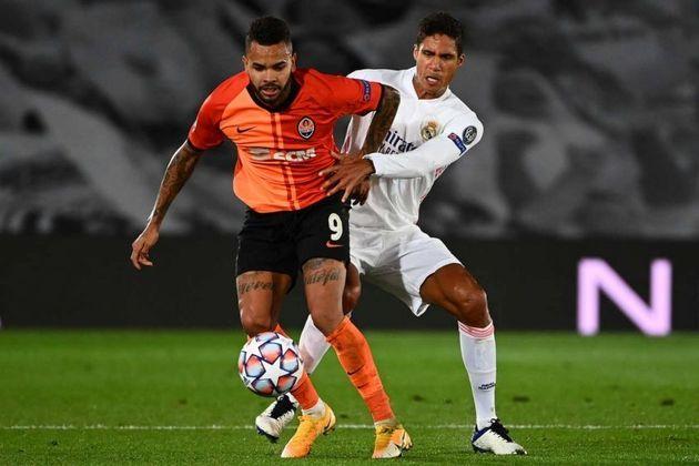 ESQUENTOU - O atacante Dentinho pode estar retornando ao Corinthians em 2021, isso porque o brasileiro já declarou que deseja deixar o Shakhtar na próxima temporada e não descarta um possível retorno ao Timão.