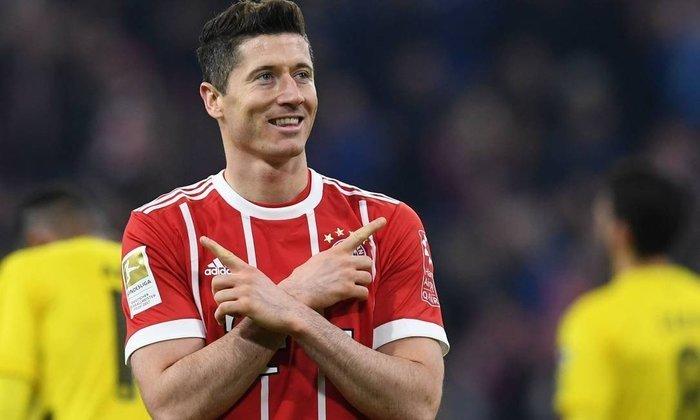 ESQUENTOU - O atacante Robert Lewandowski busca uma saída do Bayern de Munique, segundo a