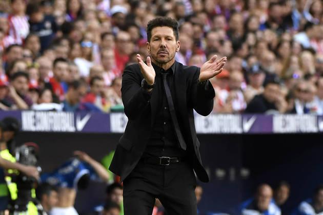 ESQUENTOU - O Atlético de Madrid se prepara para oferecer um novo contrato a Diego Simeone. Com vínculo até 2022, o uruguaio estenderá seu vínculo por mais duas temporadas, conforme publica o