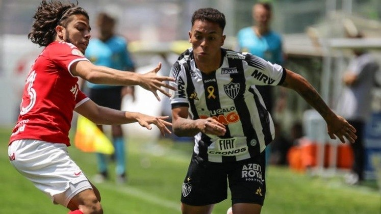 ESQUENTOU - O Atlético-MG encaminhou a renovação de contrato do meia-atacante Bruninho, de 20 anos. Atualmente o jogador está cedido para o Sport-PE, por empréstimo até o fim da temporada.