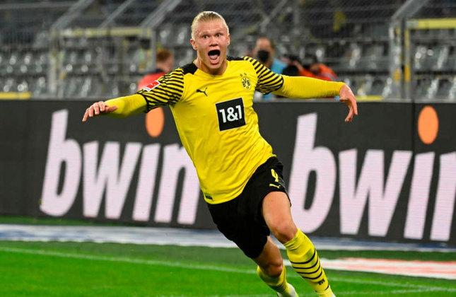 ESQUENTOU - O Borussia Dortmund planeja elevar o salário de Erling Haaland de oito milhões de euros (R$ 50 milhões) para 15 milhões de euros (R$ 95 milhões) por temporada e segurá-lo para a próxima temporada, segundo o