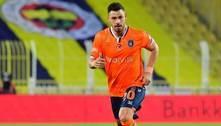 Corinthians avança em negociação e fica perto da contratação de Giuliano