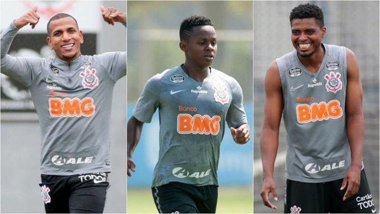 ESQUENTOU - O Corinthians não iniciou a negociação para renovar os contratos do trio Jemerson, Cazares e Otero, que se encerram no meio deste ano, e, portanto, corre sério riscos de perder os jogadores.