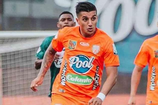 ESQUENTOU - O Cruzeiro emitiu um comunicado sobre o imbróglio da contratação do meia colombiano Yeison Guzmán, de 23 anos, que estava acertado com a Raposa, inclusive com anúncio oficial e confirmação do Envigado, seu time na Colômbia, da transferência para o Brasil.  Antes do acerto com o Cruzeiro, o empresário do jogador, Kormac Valdebenito, havia dado declarações na Colômbia de que temia não ter garantias que a Raposa arcaria em dia com os compromissos com seu atleta.  Yeison Guzmán terá custo, se o negócio for confirmado, R$ 6,5 milhões por 80% dos seus direitos econômicos. O acordo feito é até 2025.