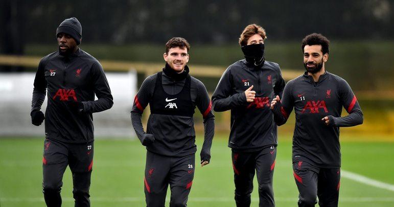 ESQUENTOU - O Leeds United deseja contratar por empréstimo o atacante do Liverpool, Divock Origi (a esquerda), que está sem espaço nos Reds.