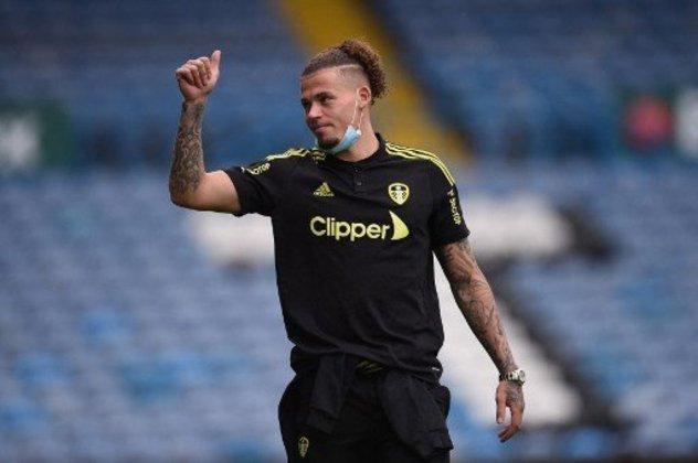 ESQUENTOU - O Leeds United trabalha para renovar o contrato do meia Kalvin Phillips, buscando afastar o interesse do Liverpool, Manchester United e Manchester City pelo atleta, de acordo com a ESPN.