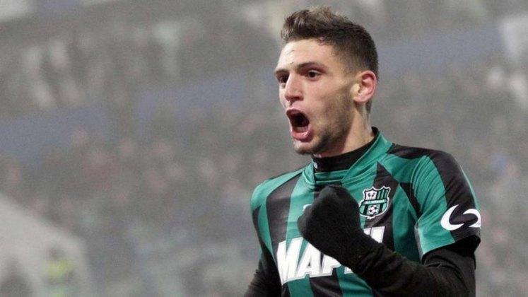 ESQUENTOU - O Liverpool está interessado na contratação de Berardi, destaque da Sassuolo e da seleção italiana na Eurocopa, de acordo com a Gazetta dello Sport.
