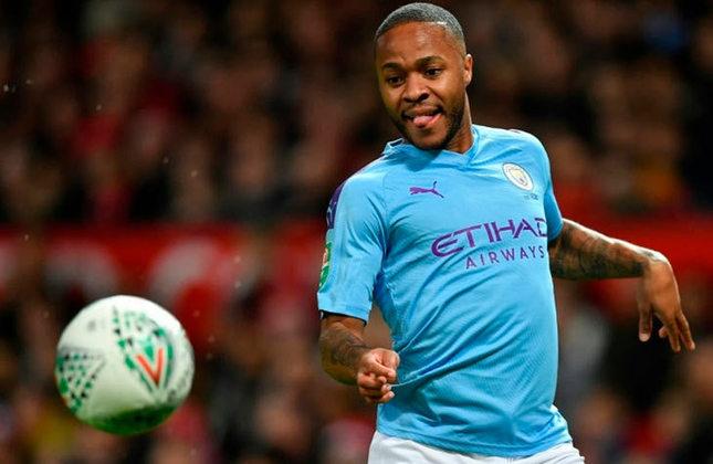 ESQUENTOU - O Manchester City irá discutir a renovação contratual de Sterling após a Eurocopa, segundo o