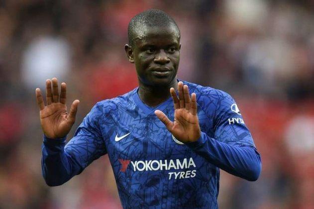 ESQUENTOU - O Manchester United sondou o volante francês N'Golo Kanté, segundo o jornal Mirror. Outro clube que mostrou interesse no jogador recentemente foi a Inter de Milão.