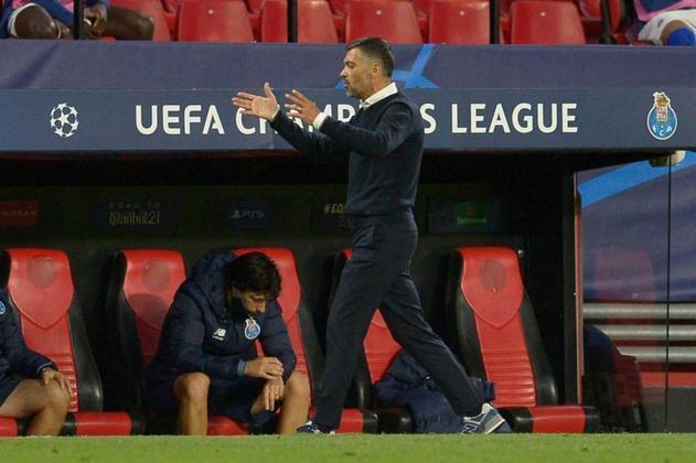 ESQUENTOU - O nome do técnico Sérgio Conceição surge como um dos favoritos para assumir o Napoli na próxima temporada, segundo o