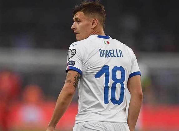 ESQUENTOU - O Paris Saint-Germain estuda a possibilidade da contratação de Nicolò Barella, meia da seleção italiana e da Inter de Milão, na próxima temporada, segundo o