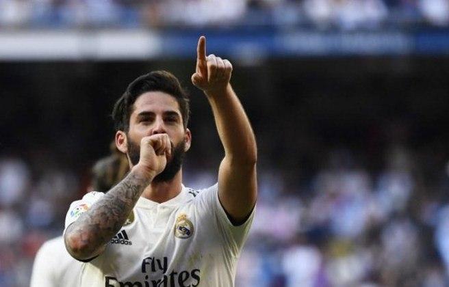 """ESQUENTOU - O técnico Carlo Ancelotti quer a contratação do meio-campista Isco, do Real Madrid, para o Everton, segundo o portal """"Le10sport"""". O objetivo do italiano é que o espanhol chegue na janela de transferências de janeiro."""